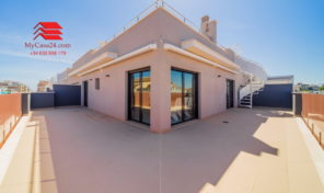 OFFER! LAST PENTHOUSE IN NEW COMPLEX IN TORREVIEJA. Ref:ks1422