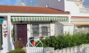 300m from Beach Townhouse in Guardamar.  Ref:ks1428
