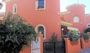Lovely Detached Villa in popular area Playa Flamenca.  Ref:ks1452