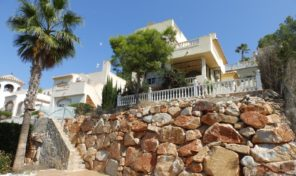 Great Detached Villa in Las Ramblas.  Ref:ks1466