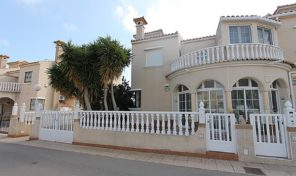 Great Quad with Pool Views in Playa Flamenca.  Ref:ks1456