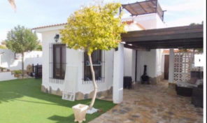 Villa with large plot in Montezenia. Ref:ks1468