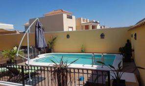 Offer! Detached Villa with Pool & Garage in Villamartin.  Ref: mks1524