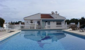 Great Detached Villa with Large plot 1000m2 in Los Balcones.  Ref:ks1505