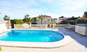 Detached Villa with massive Plot and Private Pool in Los Balcones. Ref:ks1507