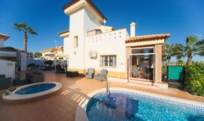 Fantastic villa + Pool + Summer kitchen in Torrestrella, San Miguel. Ref:ks1510