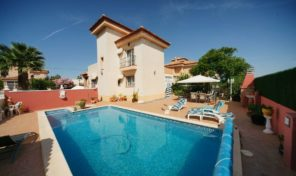 Luxury Villa with Private Pool in San Miguel. Ref:ks1511