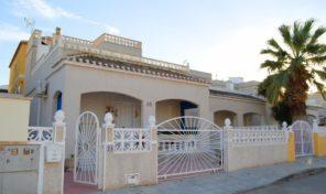 Large Detached Villa with Private Pool in San Miguel de Salinas.  Ref:ks1577