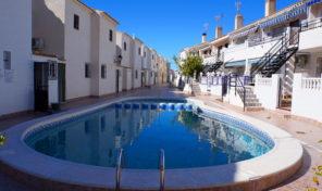 Great Beachside Apartment with Pool Views in La Zenia.  Ref:ks1570
