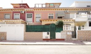 Great Townhouse with solarium in Torrevieja.  Ref:ks1580