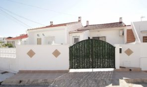 Nice Townhouse in Torrevieja.  Ref:ks1579