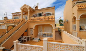 REDUCED! Lovely Ground Floor Bungalow with Pool Views in Villamartin.   Ref:ks1590