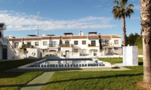 Lovely Ground Floor Bungalow with great views in Torrevieja.  Ref:ks1584