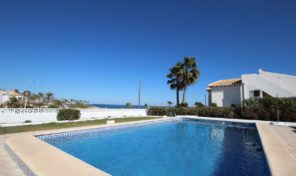 Front Line Detached Villa with Pool in Playa Flamenca. Ref:ks1628