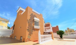 Large Luxury 4 bedrooms Villa in Villamartin.  Ref:ks1675