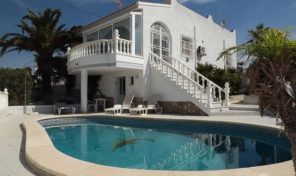 Spanish Style Villa with Private Pool in Villamartin.  Ref:ks1663