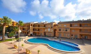 SOLD! Great Beachside Apartment in Punta Prima.  Ref:ks1665