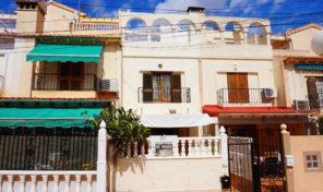 Spacious Townhouse with Solarium in San Luis, Torrevieja. Ref:ks1646