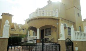 Great Detached Villa with Private Pool in Villamartin.  Ref:ks1676
