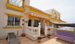 Great Townhouse with Solarium in Torrevieja. Ref:ks1668