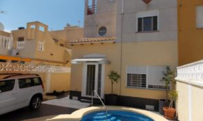 Great Modernized Quad with Private Pool in Torrevieja.  Ref:ks1653