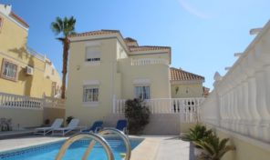 Lovely Detached Villa with Private Pool in Villamartin.  Ref:ks1707