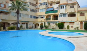 SUPER OFFER! Apartment with Pool in Torrevieja.  Ref:ks1708