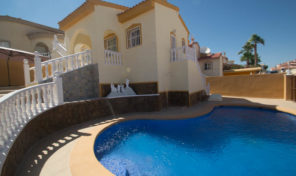 REDUCED!!!Fully Refurbished Detached Villa with Pool in Quesada.  Ref: mks1703
