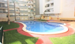 Lovely Apartment with Pool and Garage near the Playa del Cura, Torrevieja.  Ref:ks1690
