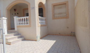 Lovely Townhouse with Solarium in Torrevieja.  Ref:ks1740