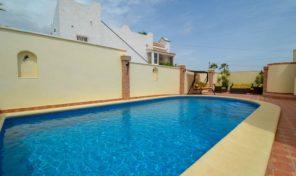 Luxury Villa with Large Private Pool in Villamartin.  Ref:ks1767