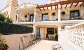 Large Townhouse with Separated Apartment in Villamartin.  Ref:ks1768