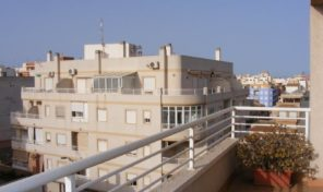 OFFER! Great Penthouse with Large Terrace in Torrevieja. Ref:ks1752