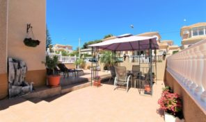 Great Quad House with spacious garden in Villamartin.  Ref:ks1761