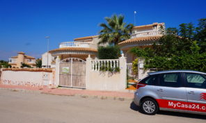 Great Detached Villa in Quesada.  Ref: mks1801