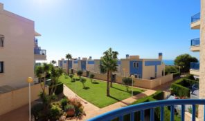 Large Luxury First Line Apartment in Cabo Roig. Ref:ks1804