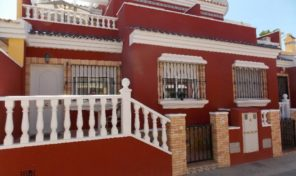 Great Townhouse in Gated area, Torrevieja.  Ref:ks1808