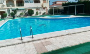 Offer!!! 2 bed Apartment with Communal Pool in Torrevieja.  Ref:ks1786