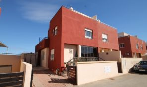 Great Modern Quad in Villamartin. Ref:ks1826