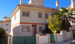 Spacious Semi-Detached Villa in Villamartin.  Ref: mks1837