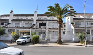 Rent to Buy! Near the Beach Townhouse in Punta Prima.  Ref:mks1403