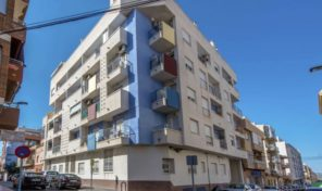 OFFER! Apartment with Garage in Center Torrevieja.  Ref:ks1830