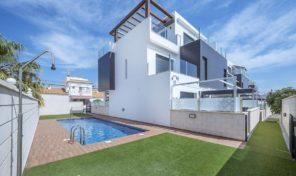 REDUCED! Modern Duplex Penthouse in Villamartin.  Ref:mks1859