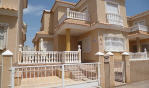 Bargain South Facing Detached Villa in Playa Flamena.  Ref:ks1873