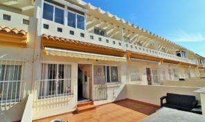 Offer! Beachside Townhouse in Cabo Roig.  Ref:ks1884