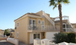 Large Detached Villa with 2 bedrooms Separated Apartment in Villamartin.  Ref:ks1893