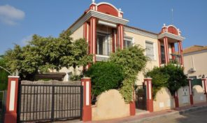 Great Semi Detached Villa near the Beach in Campoamor.  Ref:ks1881