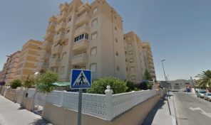 OFFER! OFFER! 2 BEDROOMS APARTMENT IN TORREVIEJA.  Ref:ks1886
