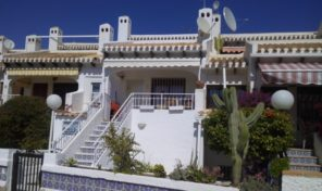 Large Townhouse in Cabo Roig in a great location. Ref:ks1925