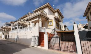 Quad with Large Under Build in La Zenia.  Ref:ks1920